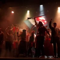 sale-el-sol-tributo-a-los-miserables_05