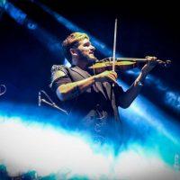 strad-el-pequeno-violinista-rebelde_02